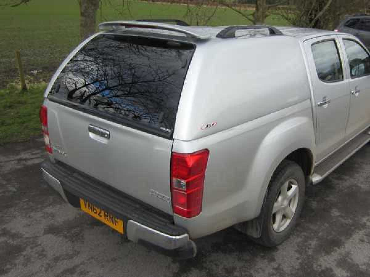 Chevrolet Colorado MK3 (2012-ON) SJS Solid Sided Hardtop Double Cab - Central Locking Optional Extra