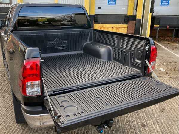 Toyota Hilux MK10 / Revo (2018-2020) /  Under Rail Bed Liner/load Liner
