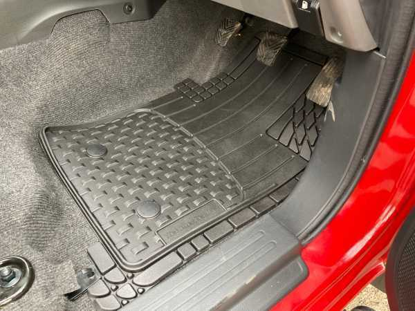 Toyota Hilux MK7 / Vigo (2008-2011) Weather Tech Floor Mats