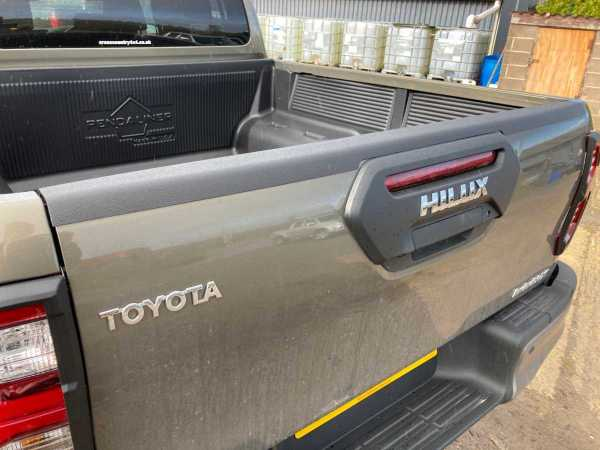 Toyota Hilux MK10 2020-ON Over Rail Tailgate Bed Caps