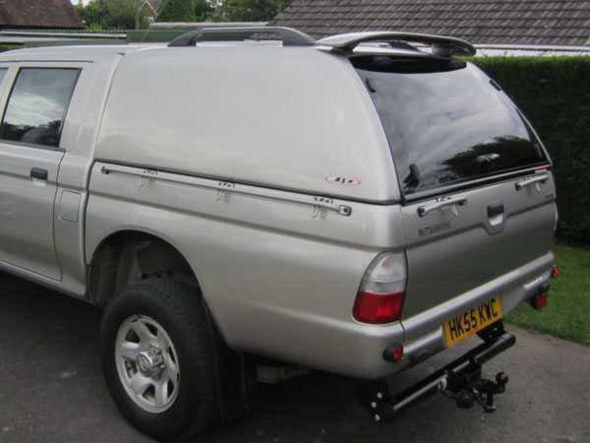 Mitsubishi L200 MK3-4  (1997-2006) SJS Solid Sided Hardtop Double Cab - Central Locking Optional Extra
