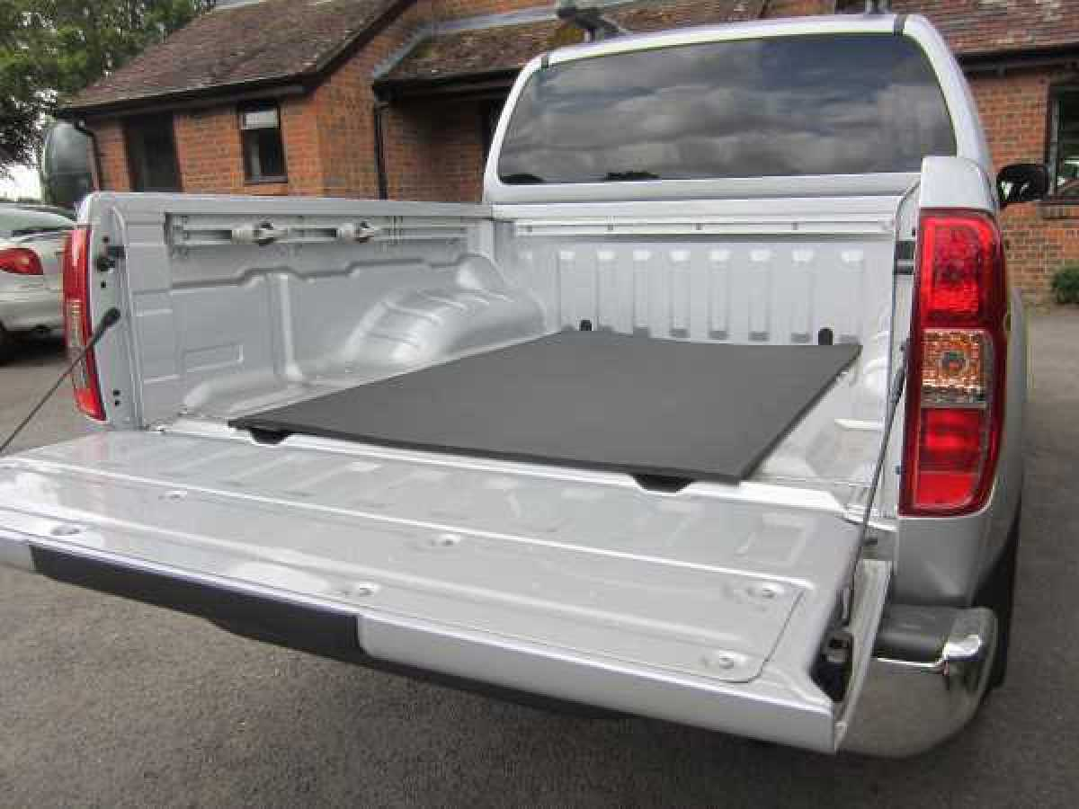Mitsubishi L200 MK8 Series 6 (2019-ON) Bed Mat