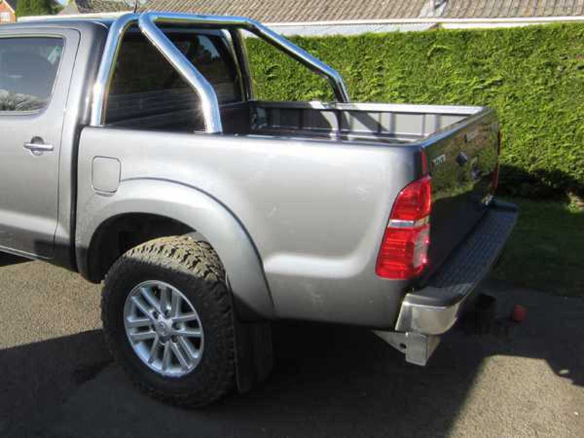 Mitsubishi L200 MK6 LB Series 4 (2009-2015) Single Hoop Roll Bar 76mm Stainless Steel