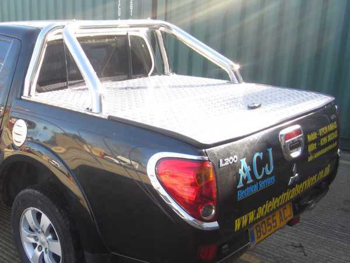 Mitsubishi L200 MK5 Triton STD BED  (2006-2015) Aluminium Tonneau Covers With Sport Bar