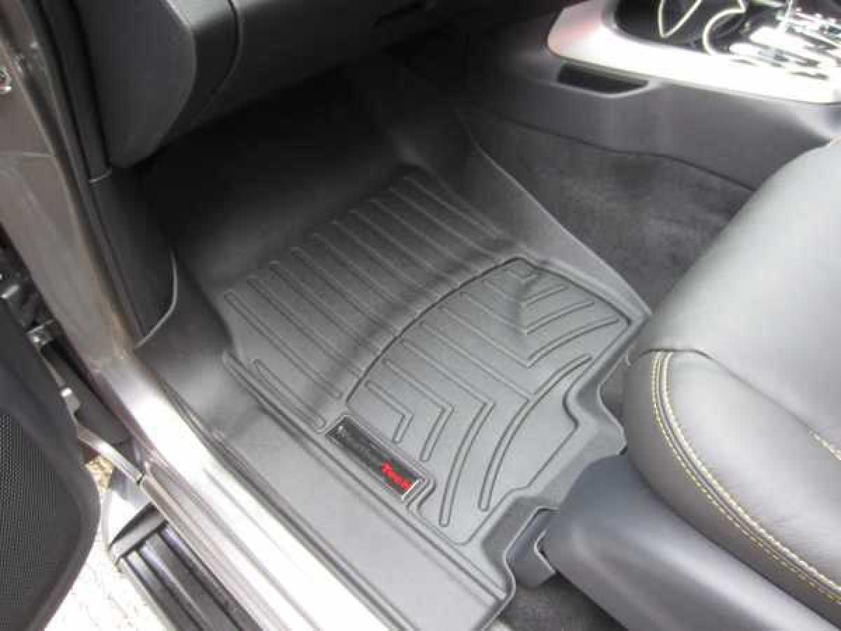 photo for Toyota Hilux MK9 / Rocco (20-ON) Weather Tech Floor Mats Full Set – Automatic Only