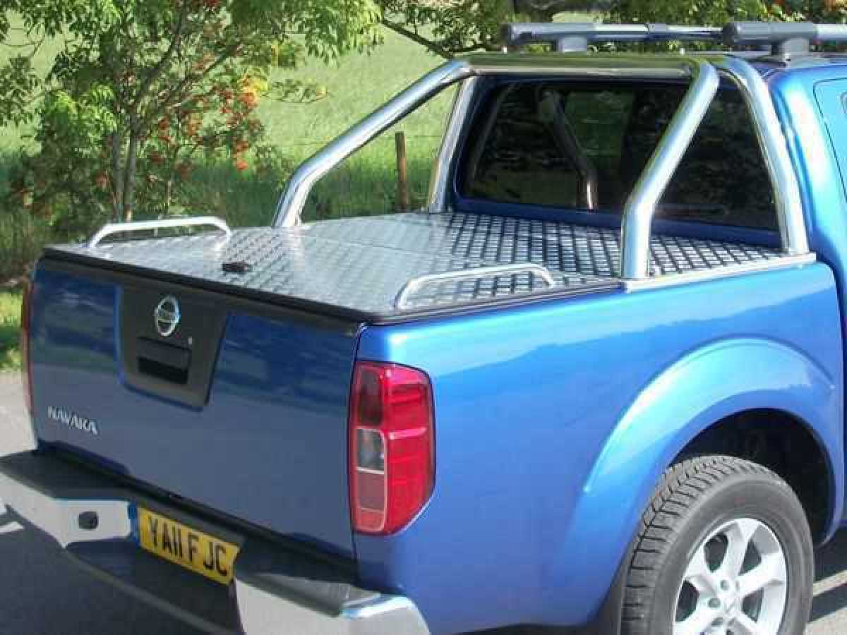 Nissan Navara D22 MK2 (2002-2005) Aluminium Tonneau Covers With Sport Bar