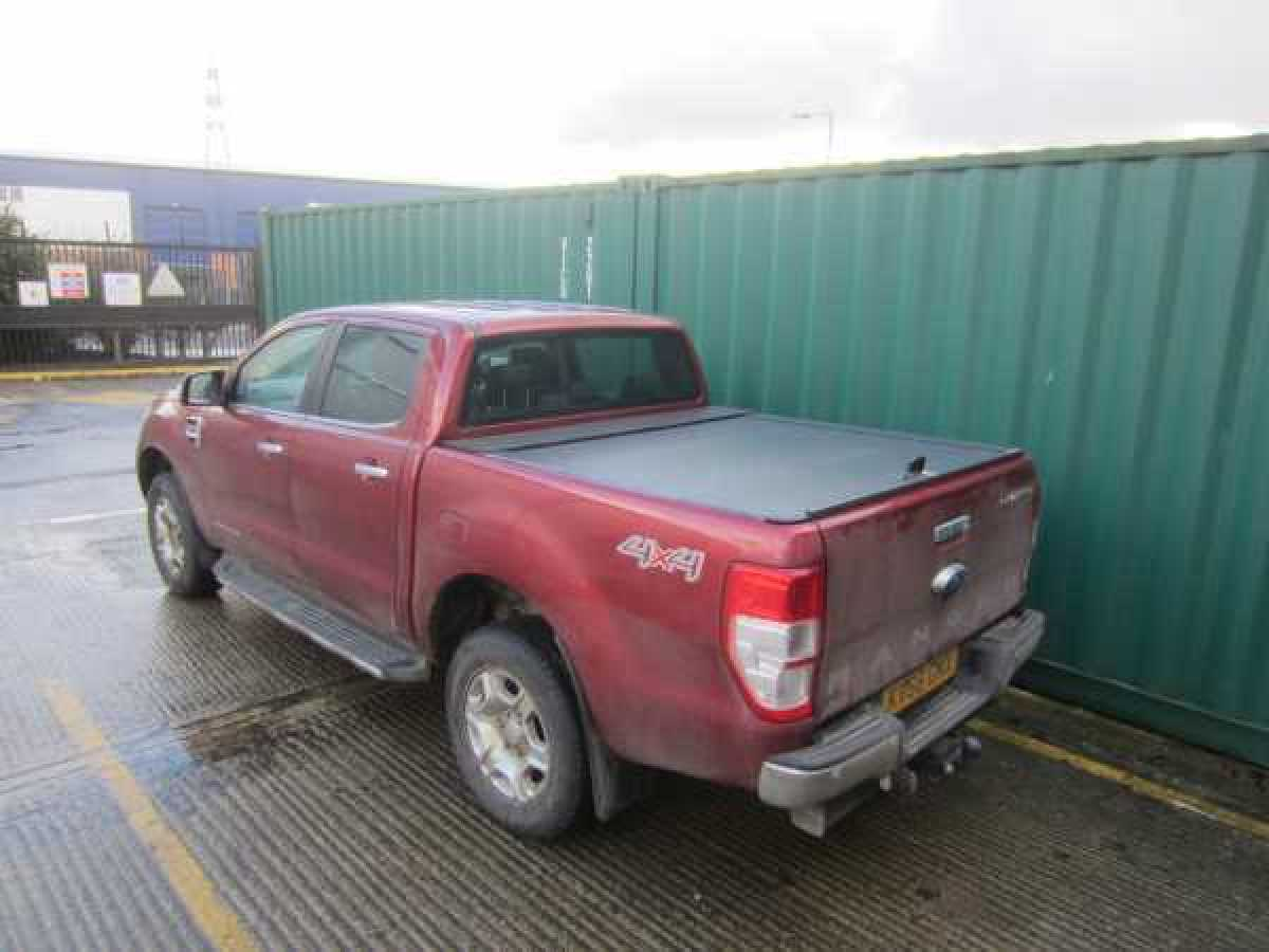 NEW Ford Ranger Armadillo Roller Top - Automatic electric - EXTRA CAB - Silver