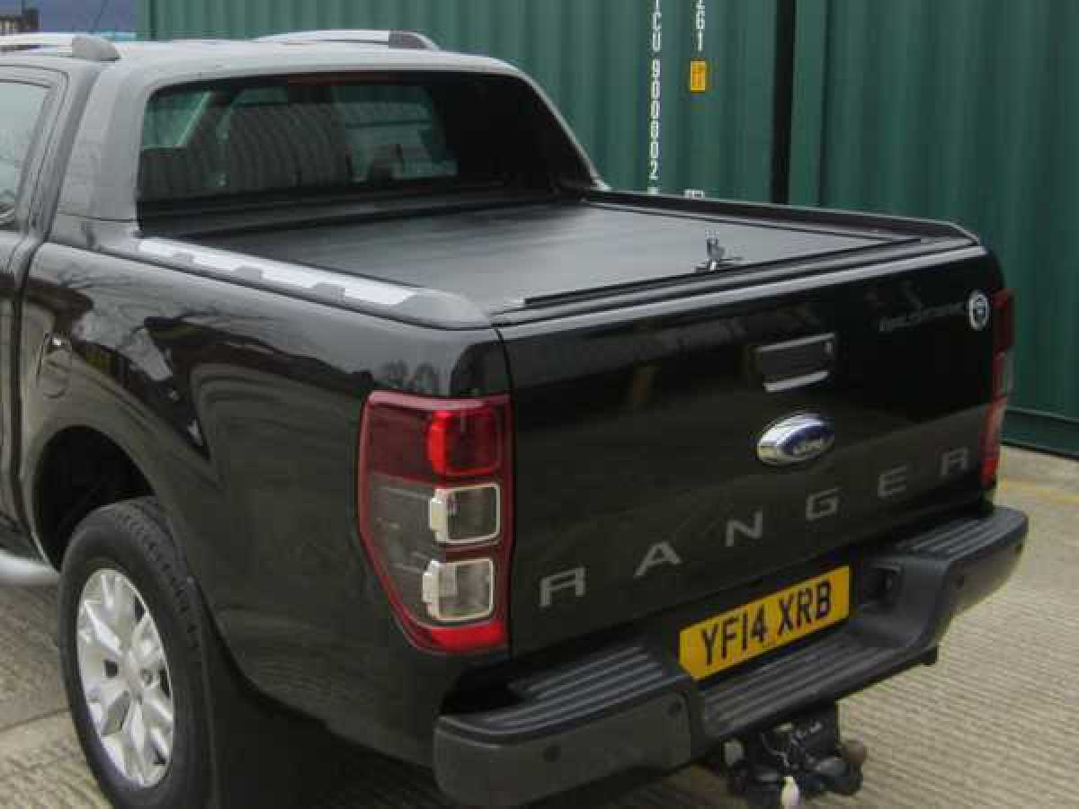 UP-SPEC your Ranger, with a Wildtrak Sports bar and Roller top