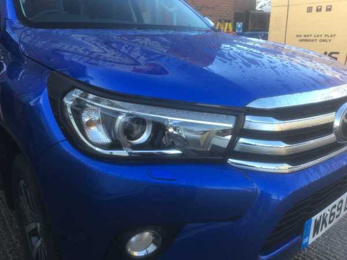 Toyota Hilux MK9 / Revo (2016-2018) Headlight covers - Black Double Cab