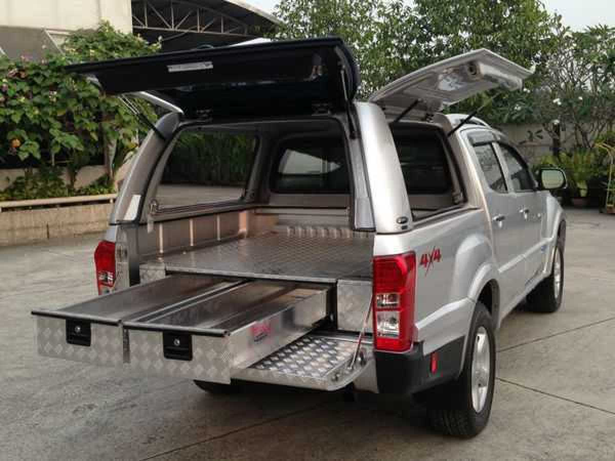 Toyota Hilux MK10 / Revo (2018-ON) Low Chequer Plate Tray Bins
